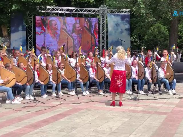 """Полтавська """"Мала академія мистецтв"""" святкує 30 років"""